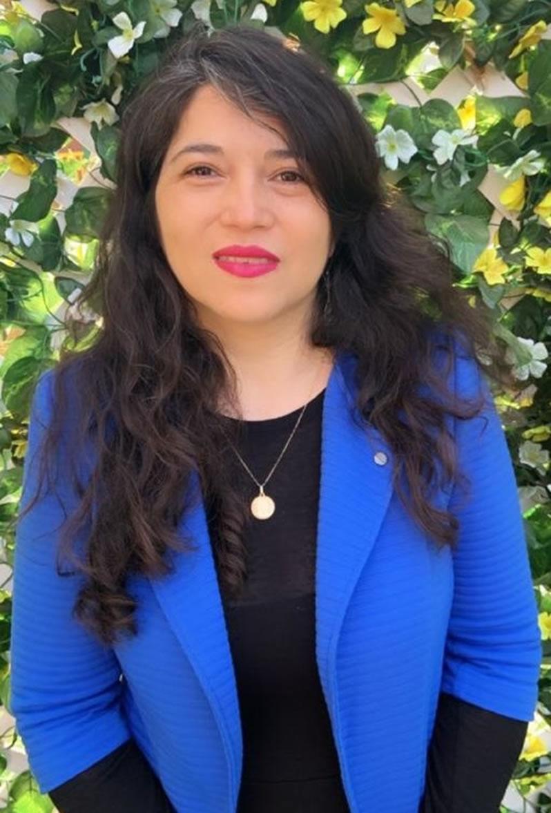 Srta. Andrea Clavero G.